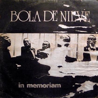 BOLA DE NIEVE / IN MEMORIUM