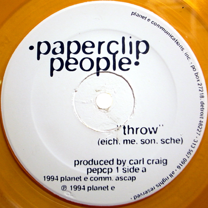 PAPERCLIP PEOPLE / THROW